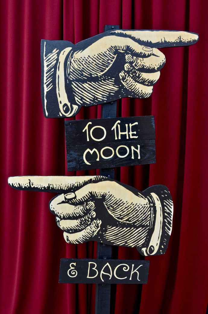 Papermoon-photo-prop-cresent-moon-sculpture-rachel-kiernan-irish-art-sign